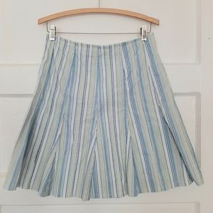 A line Striped Full Skirt with Polka Dot Lining